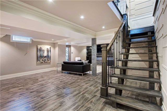 Detached at 81 Forty Second St, Markham, Ontario. Image 7