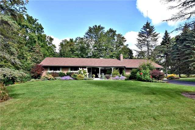 Detached at 6 Old Forge Dr, King, Ontario. Image 1