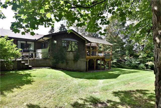 Detached at 6 Old Forge Dr, King, Ontario. Image 2