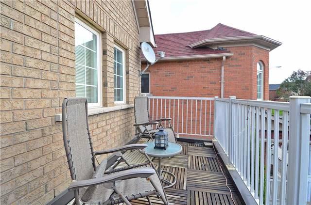Link at 57 Waldron Cres, Richmond Hill, Ontario. Image 4