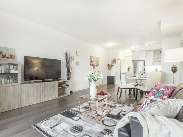 Condo Apartment at 55 Oneida Cres, Unit 510, Richmond Hill, Ontario. Image 11
