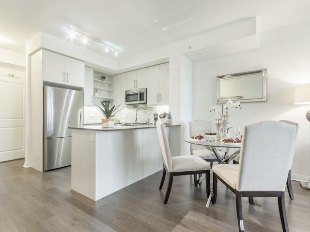 Condo Apartment at 55 Oneida Cres, Unit 510, Richmond Hill, Ontario. Image 12