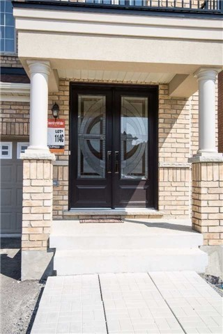 Detached at 717 Prest Way, Newmarket, Ontario. Image 12
