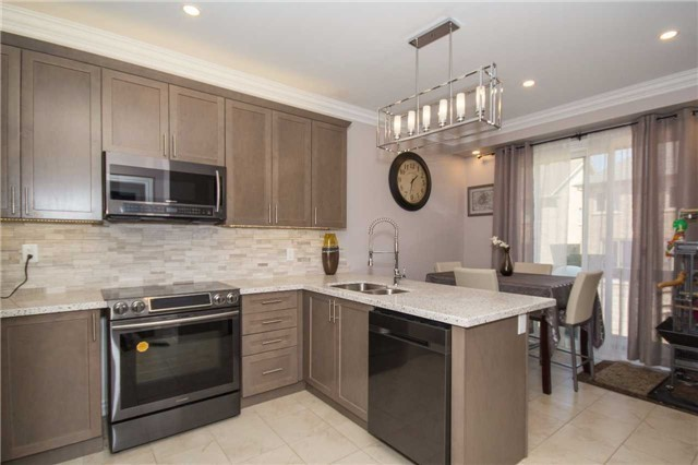 Detached at 717 Prest Way, Newmarket, Ontario. Image 19