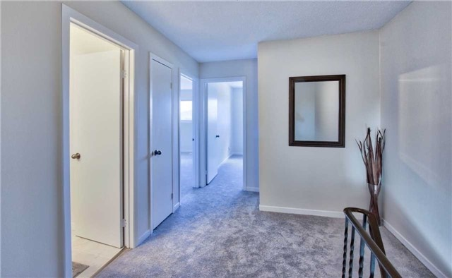 Townhouse at 12 Agincourt Rd, Vaughan, Ontario. Image 3