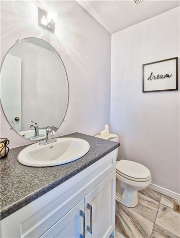 Townhouse at 12 Agincourt Rd, Vaughan, Ontario. Image 4