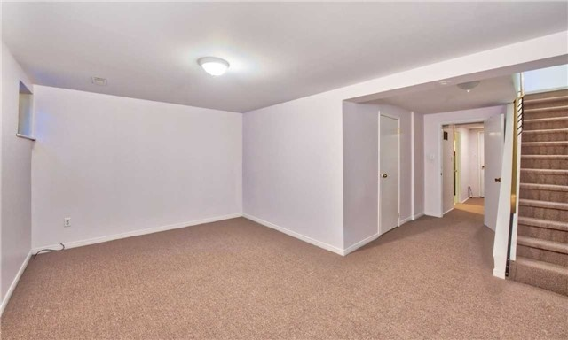 Townhouse at 12 Agincourt Rd, Vaughan, Ontario. Image 5