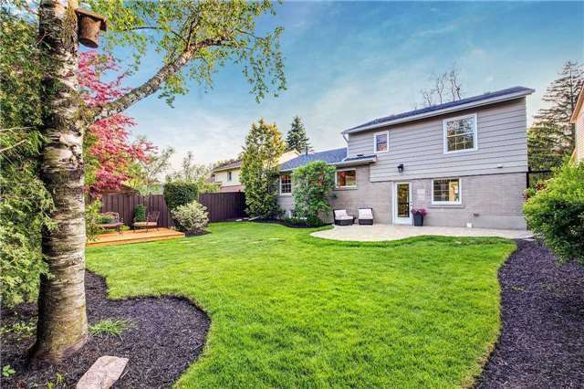 Detached at 139 Libby Blvd, Richmond Hill, Ontario. Image 13