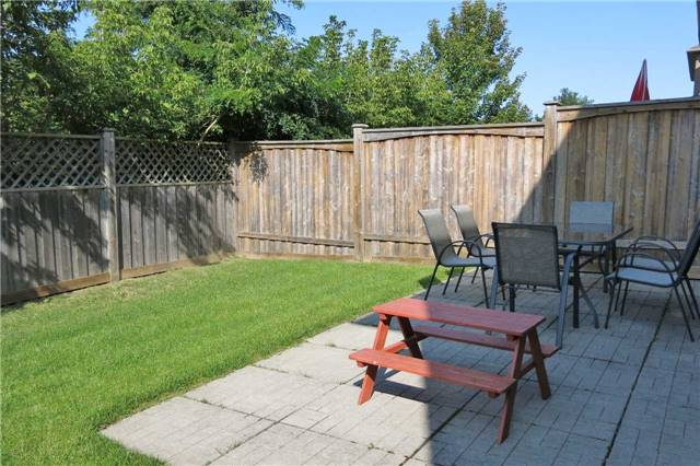 Detached at 121 Maroon Dr, Richmond Hill, Ontario. Image 13