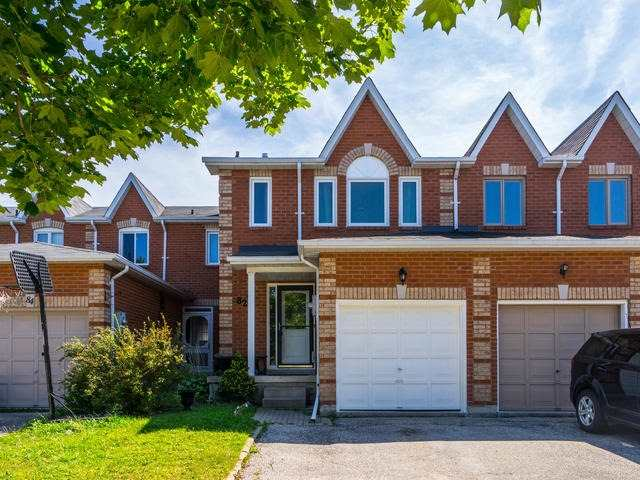 Townhouse at 82 Potter Cres, New Tecumseth, Ontario. Image 1
