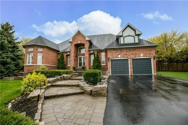 Detached at 1076 Vice Regent Pl, Newmarket, Ontario. Image 1