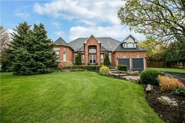 Detached at 1076 Vice Regent Pl, Newmarket, Ontario. Image 12