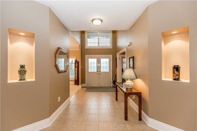 Detached at 1076 Vice Regent Pl, Newmarket, Ontario. Image 13