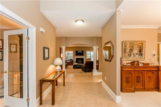 Detached at 1076 Vice Regent Pl, Newmarket, Ontario. Image 14