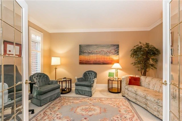 Detached at 1076 Vice Regent Pl, Newmarket, Ontario. Image 15