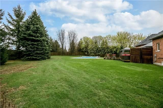 Detached at 1076 Vice Regent Pl, Newmarket, Ontario. Image 10