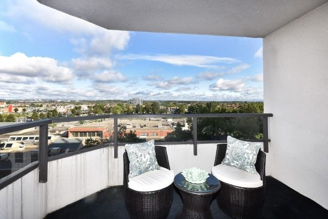 Condo Apartment at 8501 Bayview Ave, Unit 714, Richmond Hill, Ontario. Image 4