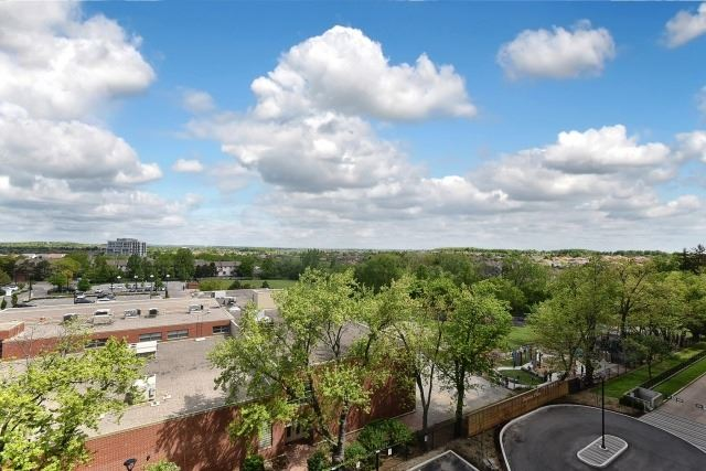 Condo Apartment at 8501 Bayview Ave, Unit 714, Richmond Hill, Ontario. Image 5