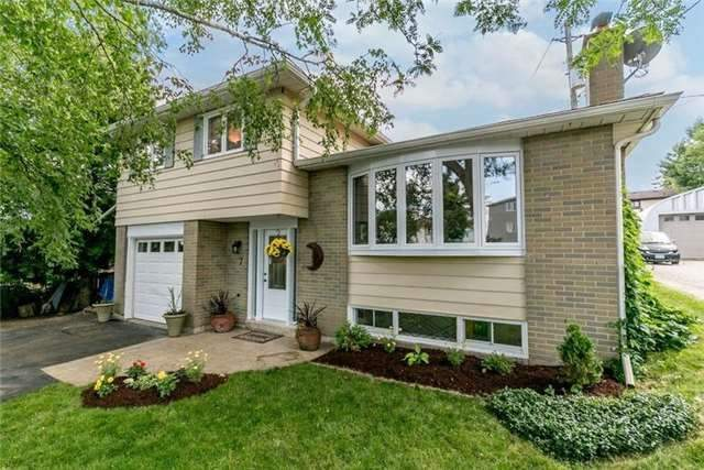 Detached at 7 Brown St, New Tecumseth, Ontario. Image 1