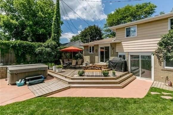 Detached at 7 Brown St, New Tecumseth, Ontario. Image 10