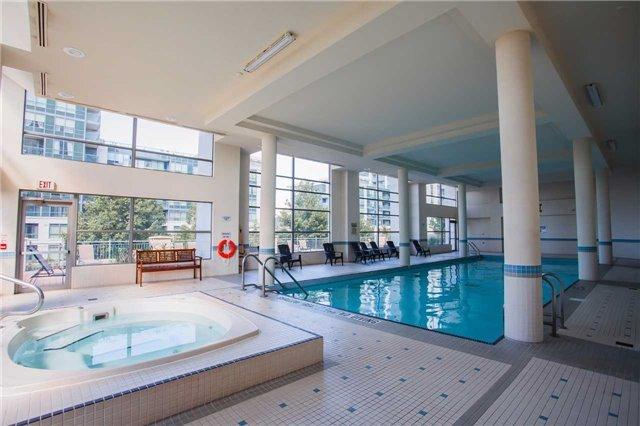 Condo Apartment at 50 Disera Dr, Unit 1403, Vaughan, Ontario. Image 12