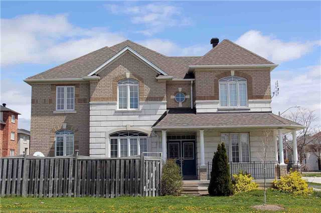 Detached at 145 Gemini Cres, Richmond Hill, Ontario. Image 12