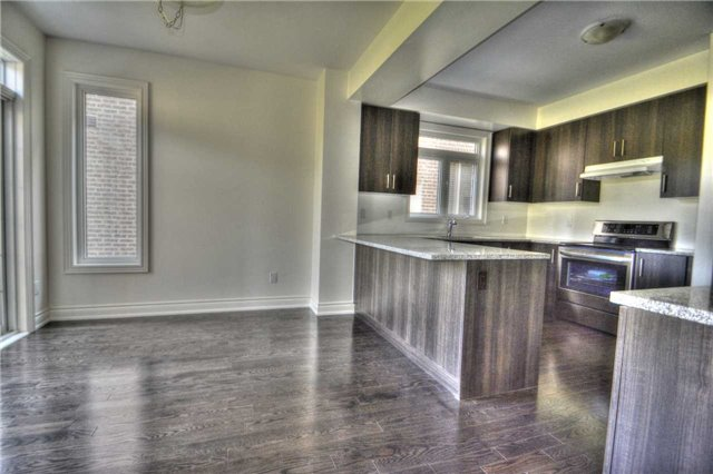 Detached at 79 Briarfield Rd, East Gwillimbury, Ontario. Image 11