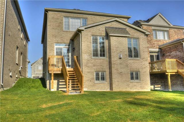Detached at 79 Briarfield Rd, East Gwillimbury, Ontario. Image 5