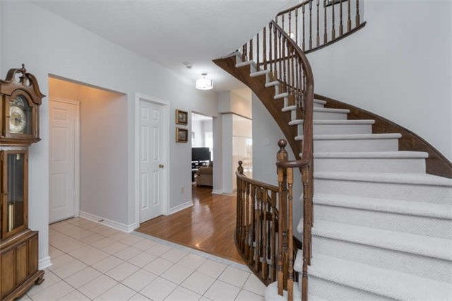 Detached at 26 Captain Francis Dr, Markham, Ontario. Image 12