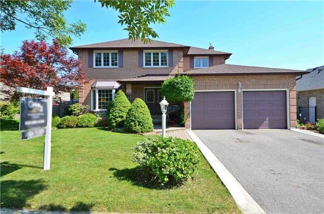 Detached at 7 Sunderland St, Richmond Hill, Ontario. Image 1