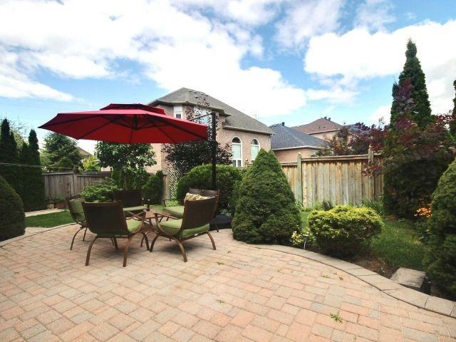 Detached at 96 Montebello Ave, Vaughan, Ontario. Image 11