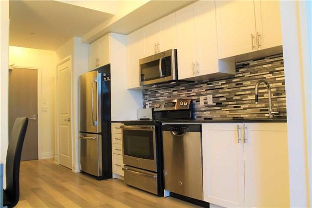 Condo Apartment at 7165 Yonge St, Unit 1403, Markham, Ontario. Image 16