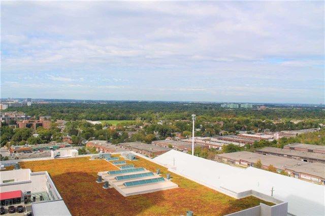 Condo Apartment at 7165 Yonge St, Unit 1403, Markham, Ontario. Image 4