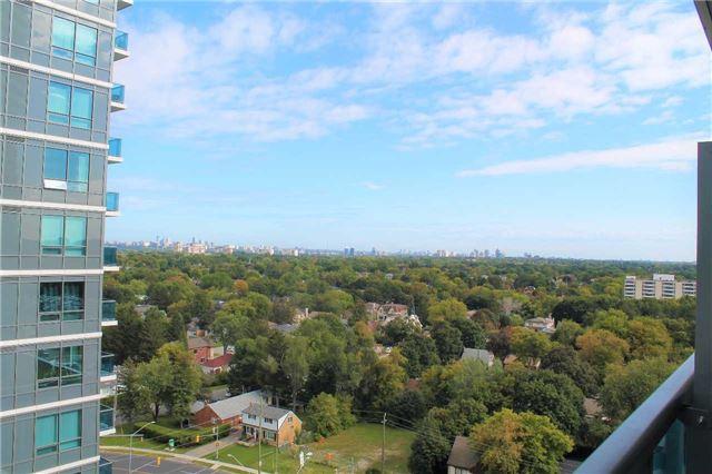 Condo Apartment at 7165 Yonge St, Unit 1403, Markham, Ontario. Image 5