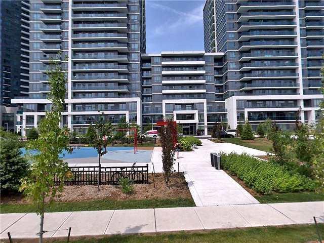Condo Apartment at 7165 Yonge St, Unit 1403, Markham, Ontario. Image 6