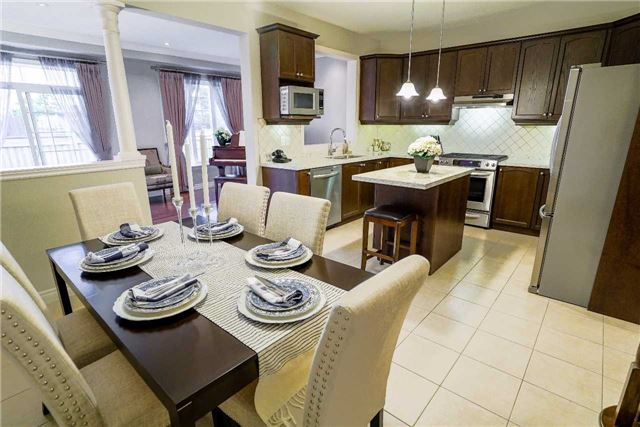 Townhouse at 34 Millhouse Crt, Vaughan, Ontario. Image 17
