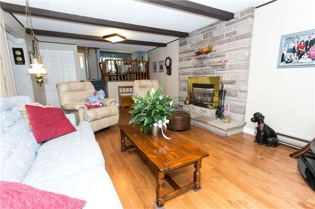 Detached at 173 Mill Pond Crt, Richmond Hill, Ontario. Image 14