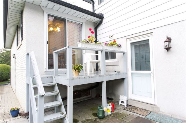 Detached at 173 Mill Pond Crt, Richmond Hill, Ontario. Image 3