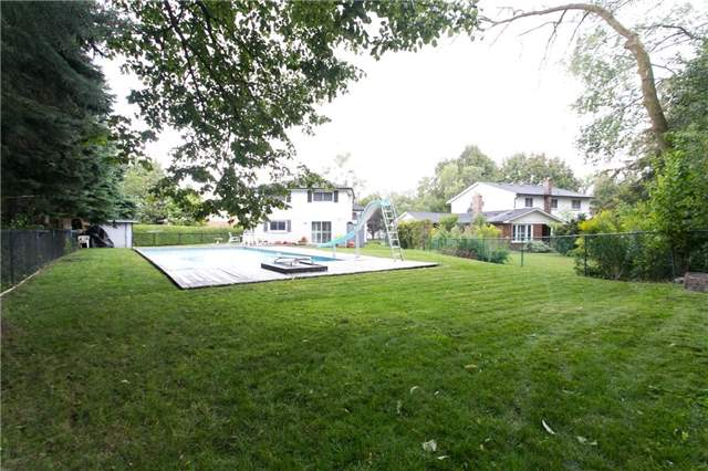 Detached at 173 Mill Pond Crt, Richmond Hill, Ontario. Image 7
