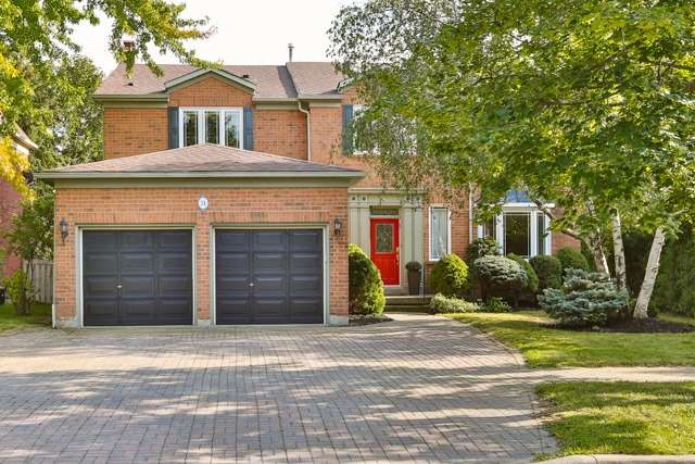 Detached at 31 Gatcombe Circ, Richmond Hill, Ontario. Image 1
