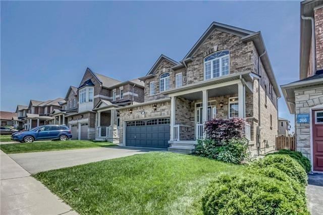 Detached at 17 Batchford Cres, Markham, Ontario. Image 12