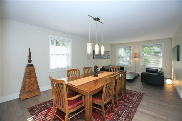 Detached at 709 Allan Ave, Newmarket, Ontario. Image 15