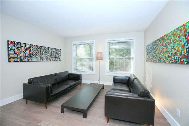 Detached at 709 Allan Ave, Newmarket, Ontario. Image 16