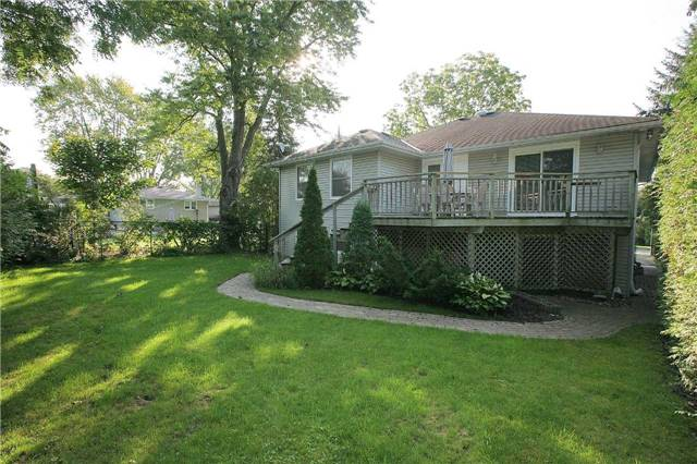 Detached at 709 Allan Ave, Newmarket, Ontario. Image 13