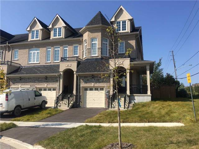 Townhouse at 47 Maffey Cres, Richmond Hill, Ontario. Image 1