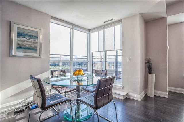 Condo Apartment at 370 Highway 7 E Ave, Unit Ph10, Richmond Hill, Ontario. Image 15