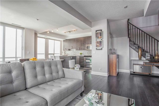 Condo Apartment at 370 Highway 7 E Ave, Unit Ph10, Richmond Hill, Ontario. Image 20