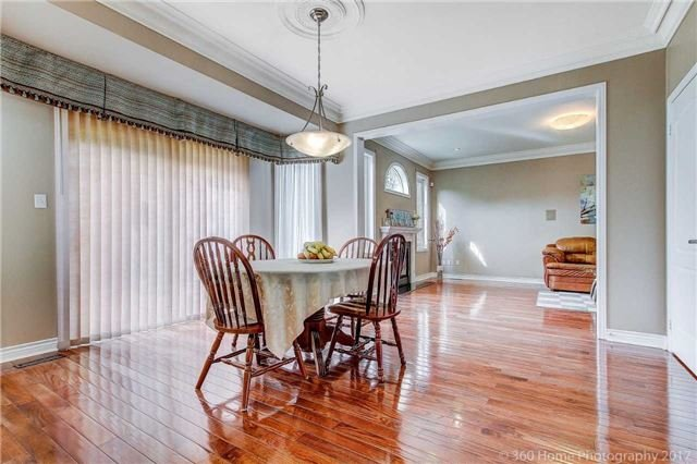 Detached at 33 Donhaven Rd, Markham, Ontario. Image 20
