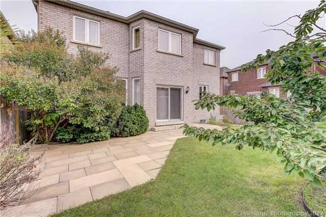 Detached at 33 Donhaven Rd, Markham, Ontario. Image 11