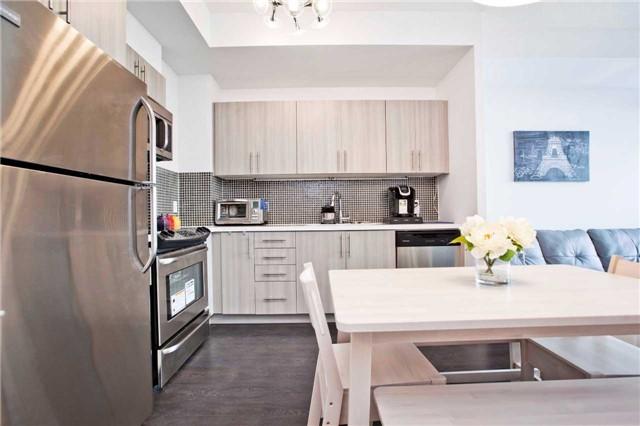 Condo Apartment at 540 Bur Oak Ave, Unit 611, Markham, Ontario. Image 12